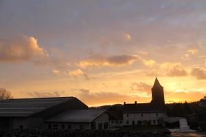 Feeërieke taferelen bij zonsopgang: Sint-Amandhof Van Boven onder de Sint-Pieterskerk