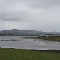 Zicht op het kweken van oesters vanaf Ballycarbery Castle