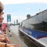 """""""Making life easier"""" is de slogan van de River Bus."""