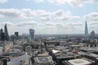 Het uitzicht vanop The Golden Gallery is echt niet normaal! We zien zo veel, hier bijvoorbeeld Tower Bridge en The Shard.