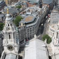Zicht op de kathedraal vanuit de top van de koepel. Top bezoek!